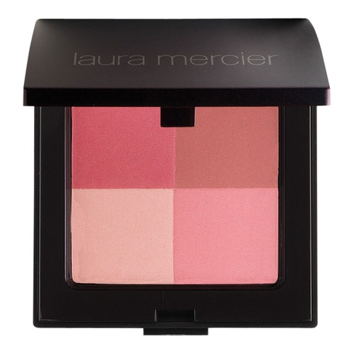 Closeup   6471 lauramercier web