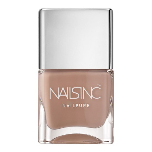 Closeup   11975 nailsinc web